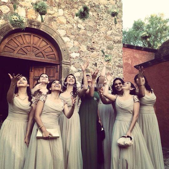 Las damas