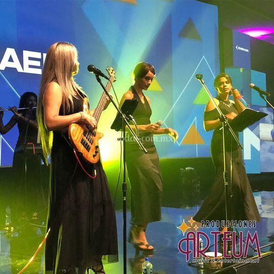 Banda Latina Femenina