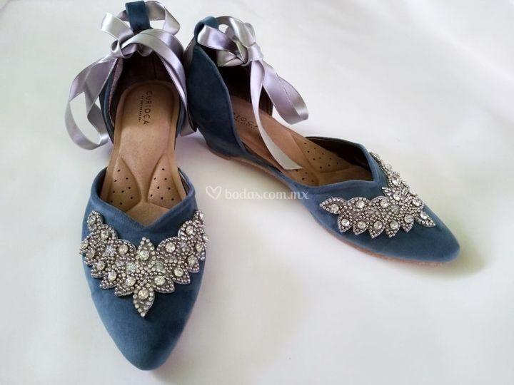 Color azul con detalle plata