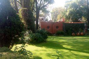 Jardín de San Pedro Mártir by Casa de las Campanas