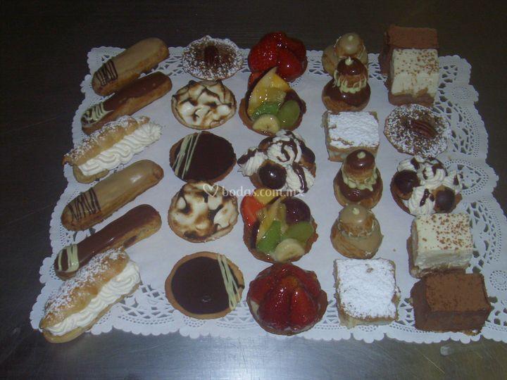 Mesa de pastelito