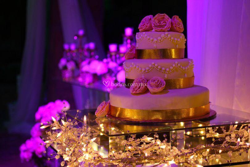 Mesa para pastel