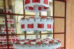 Torre y pastel de bodas