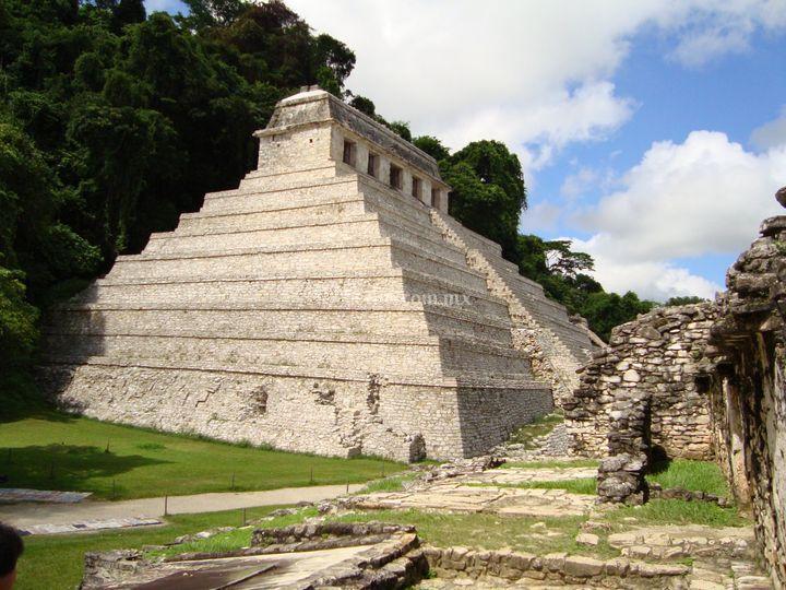 Rutas Mayas del Sureste