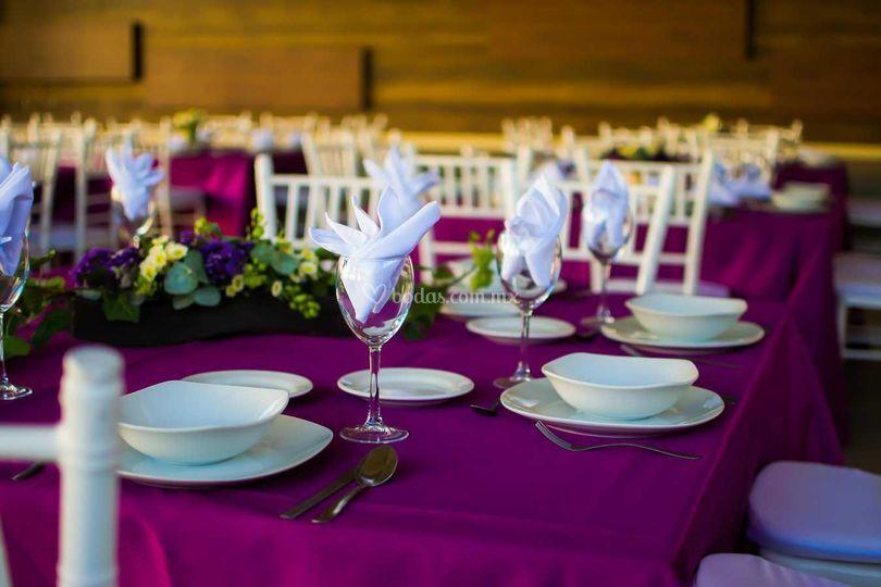 Montaje mesas - decoración