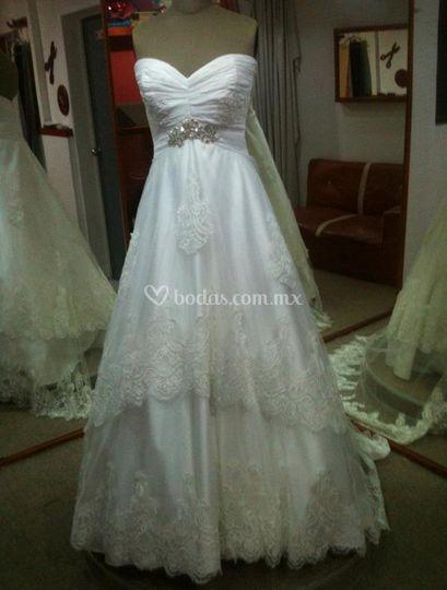 Vestido de novia doble faldón