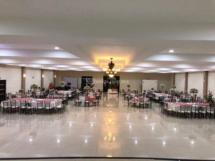 Capacidad 400 invitados