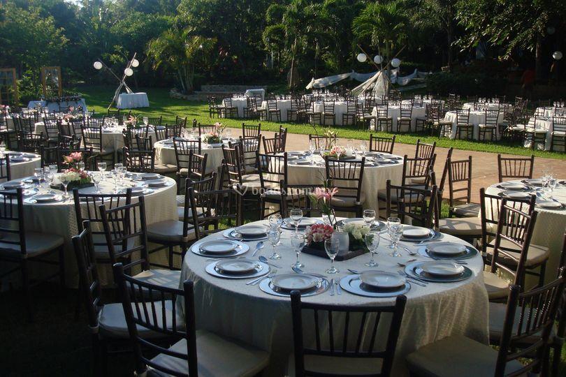 Evento de boda en jardín