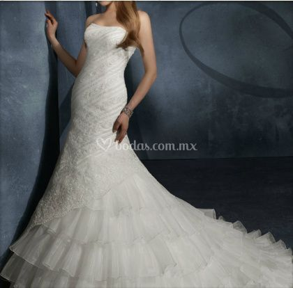 Hermoso vestido bordado