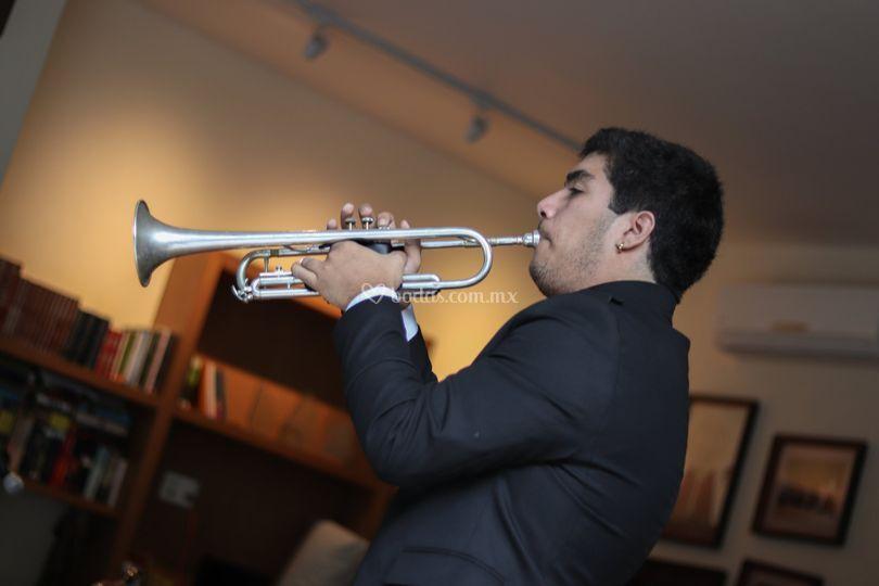Santiago Miguez, Trompetista