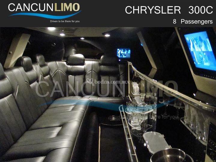 300 CC Interior