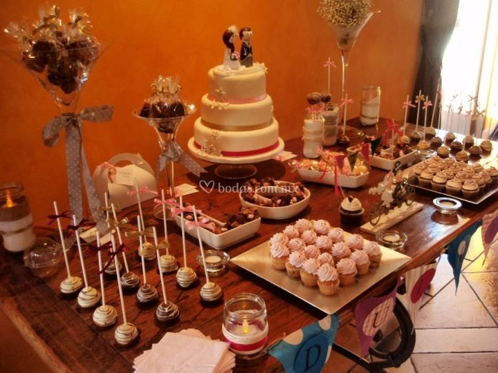 Karamelo candy bar for Dulce boda
