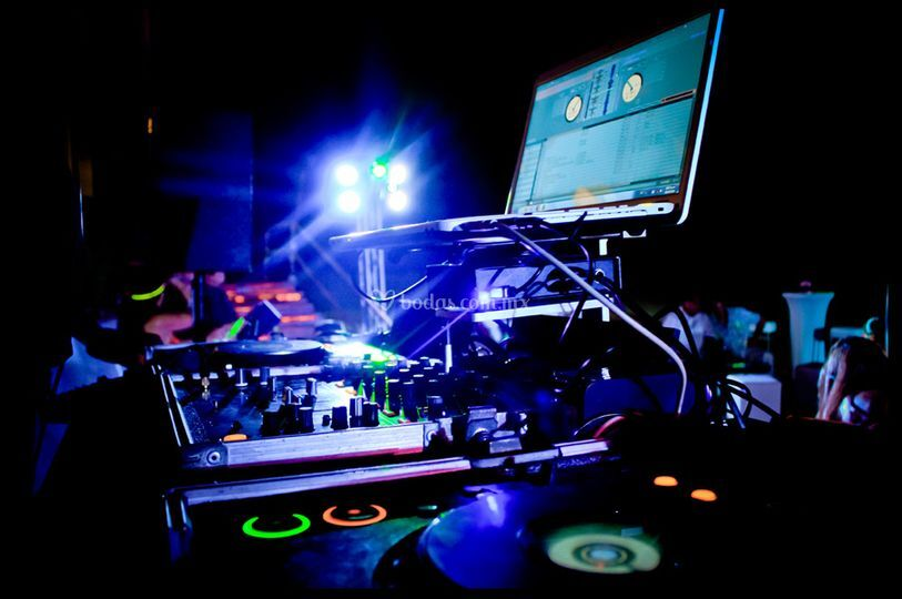 Equipo Dj- Dj Equipment