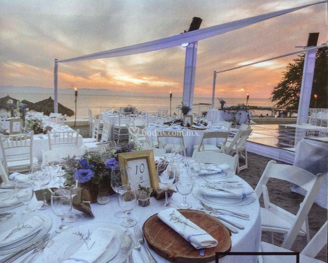 Montaje de boda en la playa