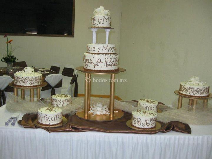 Un mensaje en su pastel