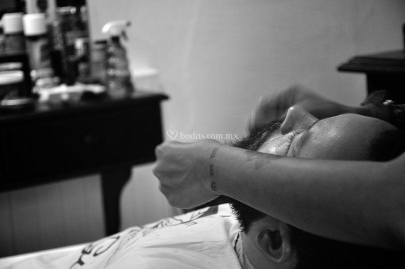 Rasurado / Razor Shave