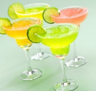Daiquiris, margaritas de mango