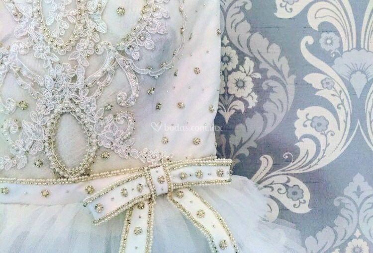 Mary Cloth