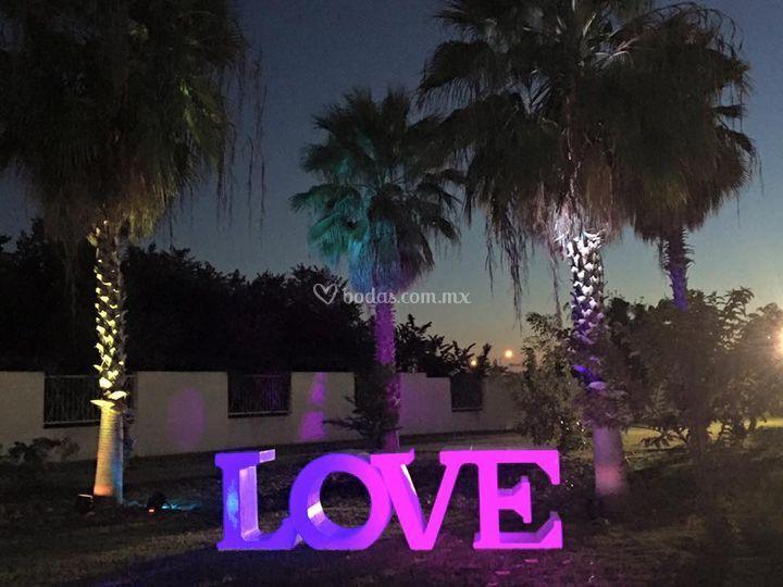 Renta letras love