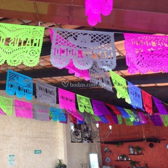 Papel picado multicolor