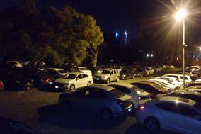 Azteca Parking