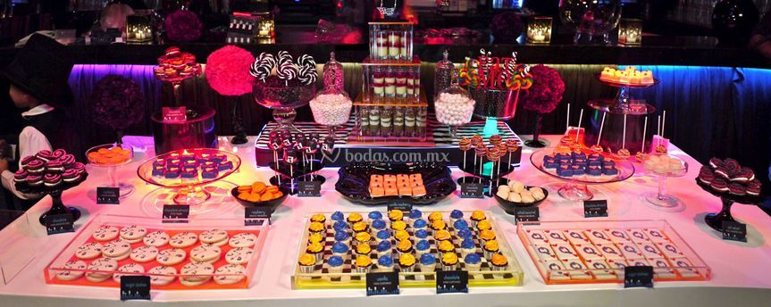 Is the Cupcake Bar
