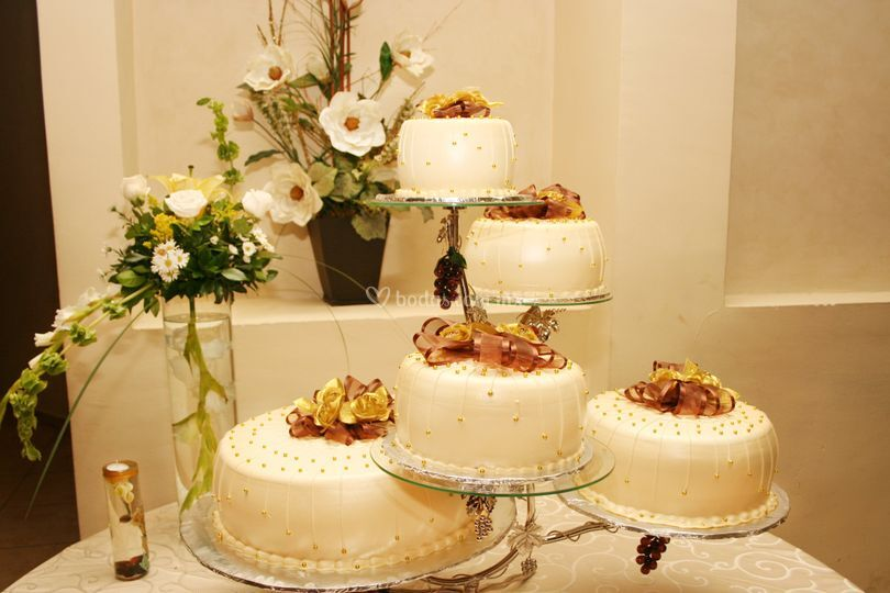Pastel bodas de oro