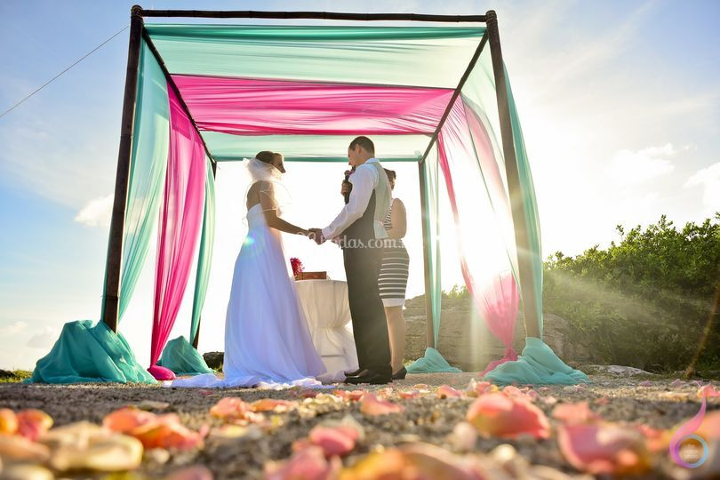 The Ocean Photo Weddings