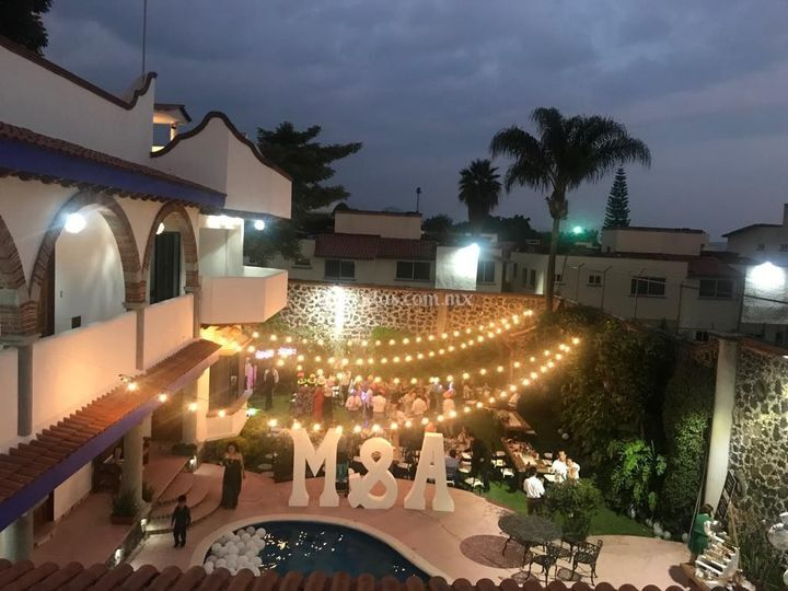 Vista nocturna desde terraza