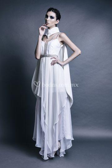 Vestido blanco de seda