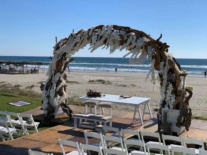 Gazebo boda playa