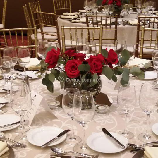 Centro de mesa rosas rojas