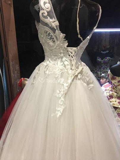 Espalda novia