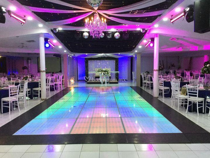 Elegance Salón y Banquetes