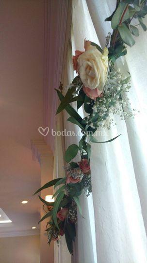 Guirnalda decoración floral