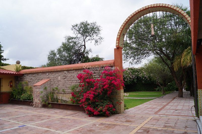Jardin y patio campestres
