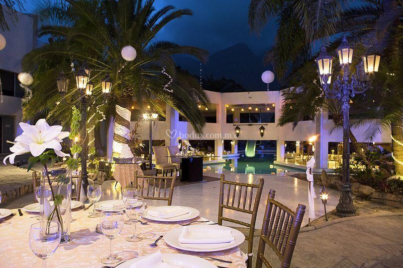 La costa eventos for Boda en un jardin de noche