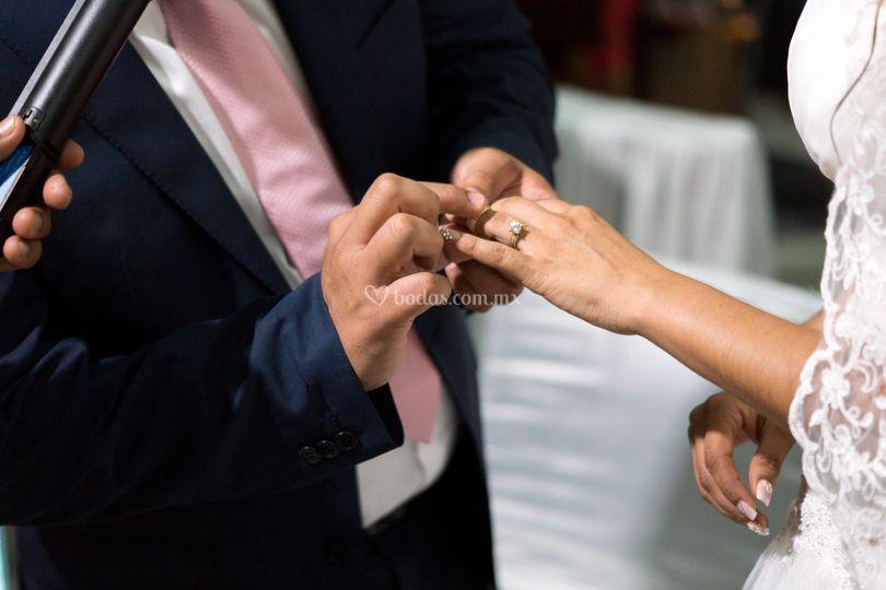 La entrega del anillo