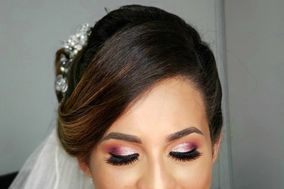 Nayeli Muñoz Makeup & Hair Studio