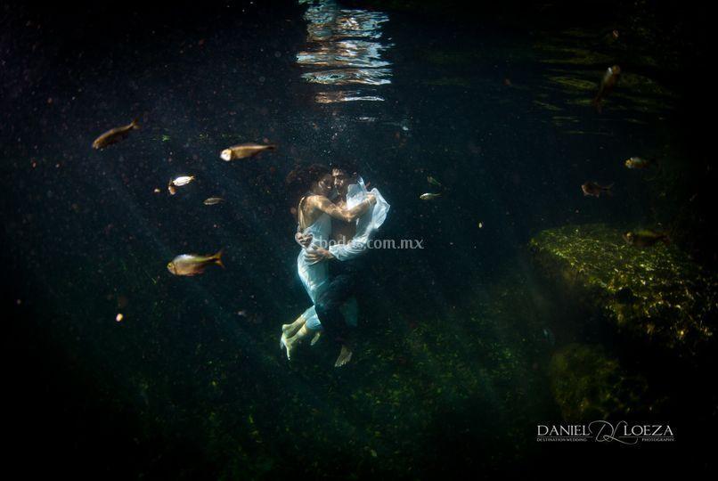 Sesión subacuática en cenote
