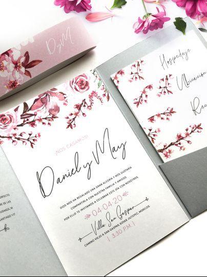 Invitación floral romántica