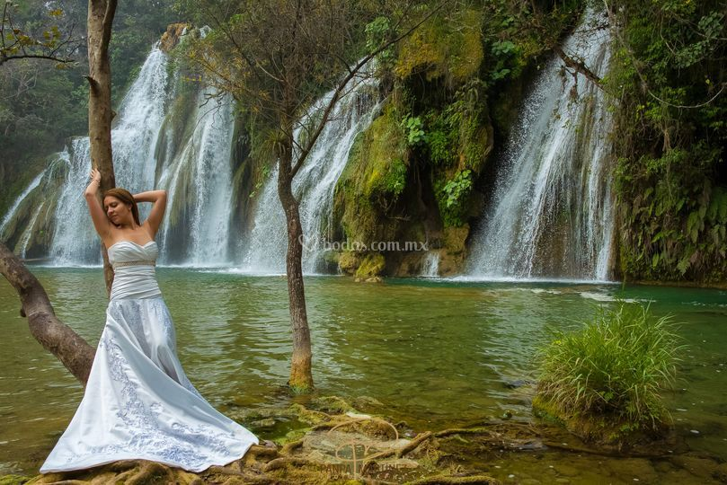 Trash the dress en Tamasopo