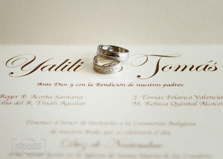 Invitaciones y anillos
