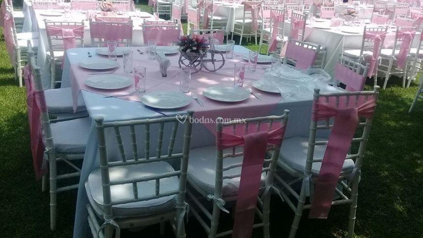 Cuadrada rosa pastel
