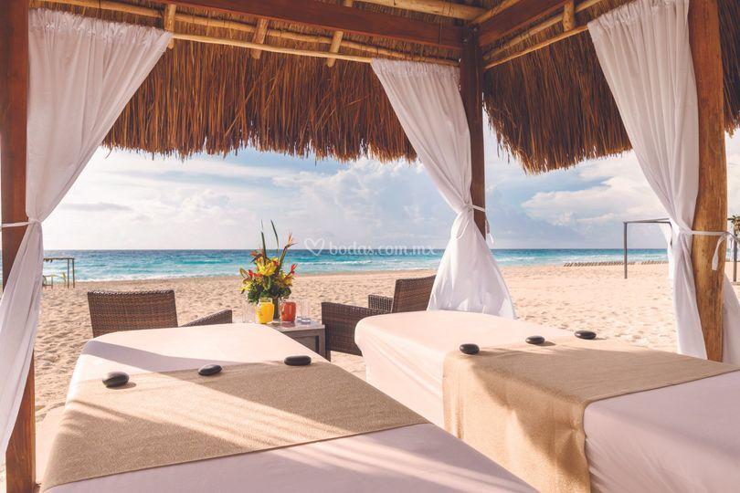 Vista masaje en la playa