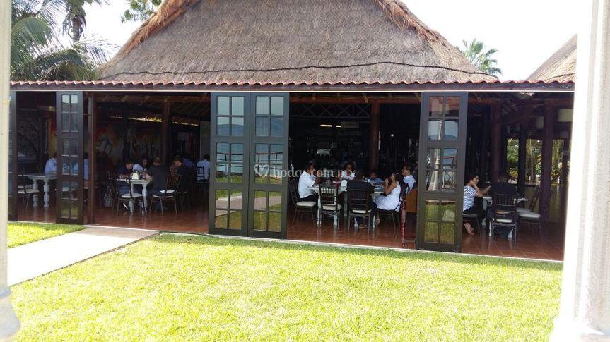 Visita riveros restaurant