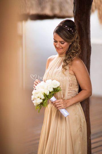 Hermosa novia brasileña