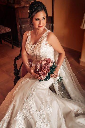 Danahe Castillo hermosa novia