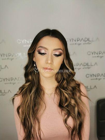 Novia romántica by Cyn Padilla