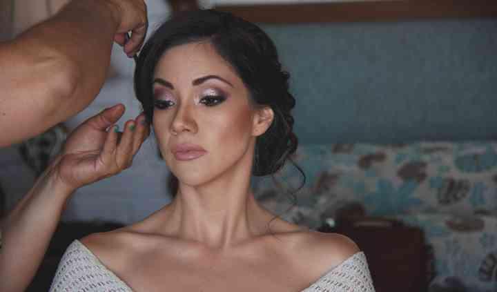 Fabián Oropeza Makeup Artist